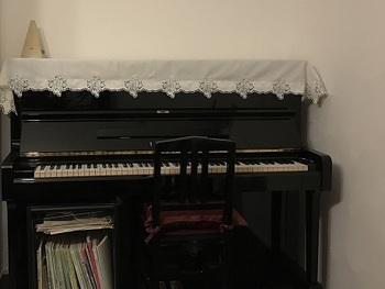 piano1small.jpg